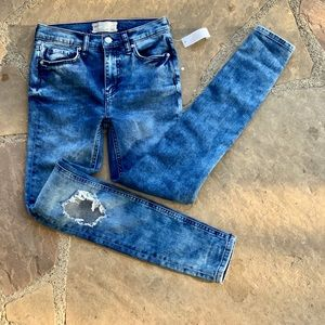 Free People Jeans - 💥TodayOnly💥 NWT FREE PEOPLE skinny jeans